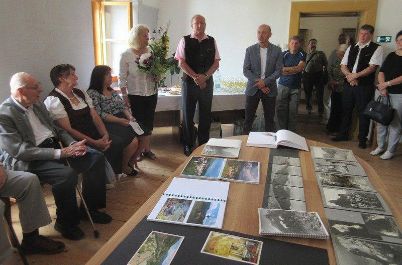 Ausstellungseröffnung Ober-Metzenseifen
