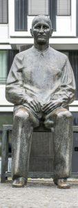 Brecht-Statue Berlin