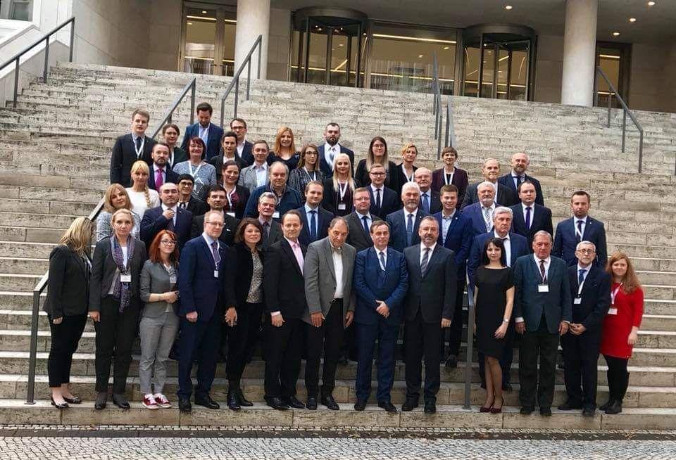 AGDM vor Bundestag