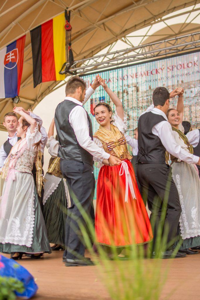 Tanzgruppe Schadirattam Metzenseifen Medzev