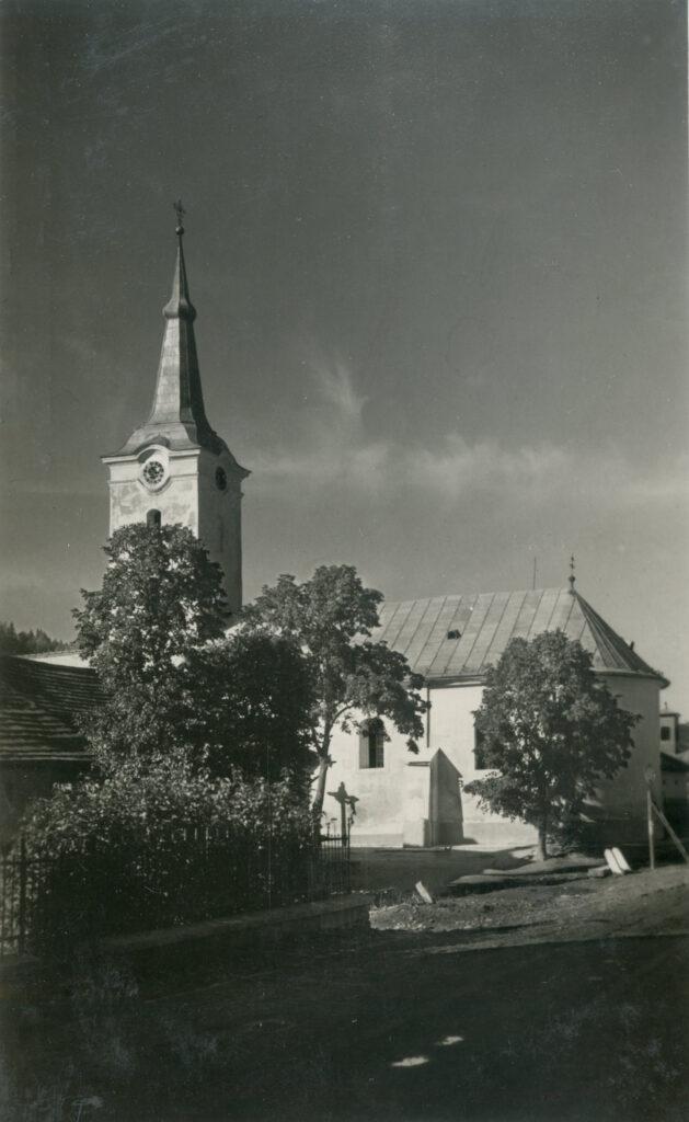 ruskinovce kirche