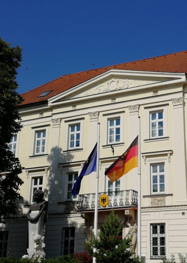 Botschaft der BRD in Preßburg